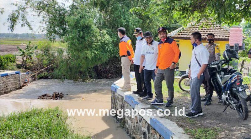 Sungai Plawon Meluap, Ketua DPRD Nganjuk Sidak di Desa Mojorembun
