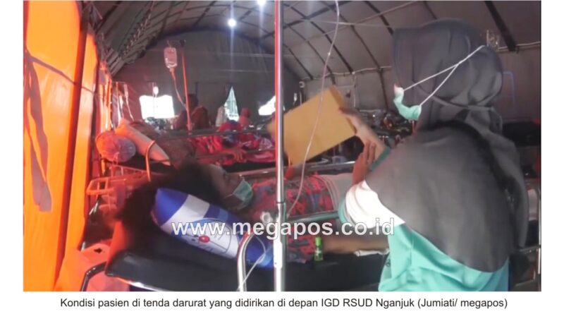 Cerita Keluarga Pasien di Tenda Darurat RSUD Nganjuk