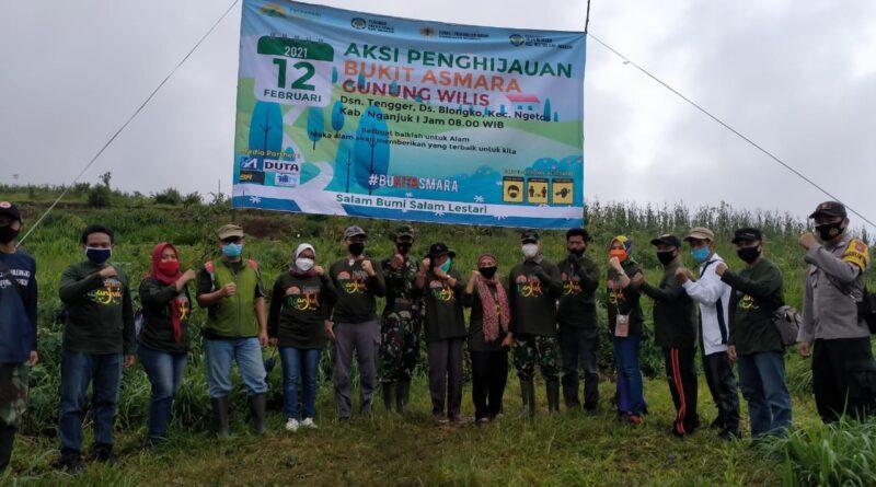Aksi Penghijauan Oleh Perkawis, Pemkab Nganjuk dan Dandim 0810/Nganjuk di Bukit Asmara Gunung Wilis
