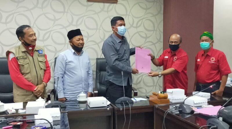 Rapat Dengar Pendapat Terkait Raperda Tentang Perubahan Kedua Atas Perda Nomor 1 Tahun 2016 Tentang Desa