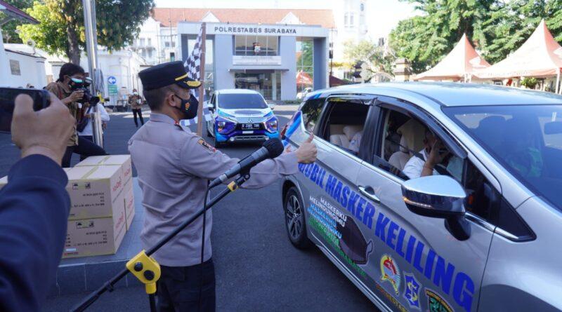 Inovasi Baru, Polrestabes Surabaya Luncurkan Mobil Masker Keliling